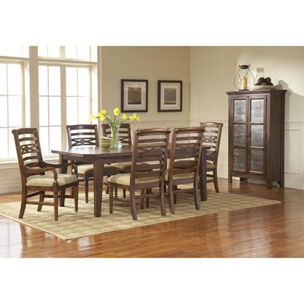 Attic Heirlooms Rustic Oak Dining Set Broyhill Furniture