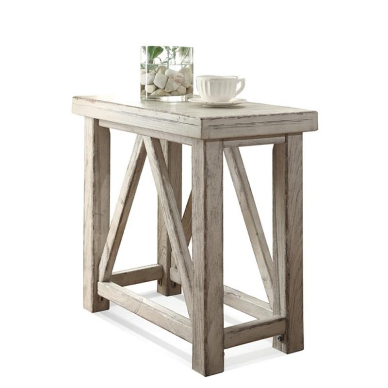 21212 Riverside Furniture Aberdeen, Riverside Furniture Chairside Table