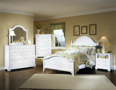Vaughan Bassett Furniture Cottage Snow White Collection