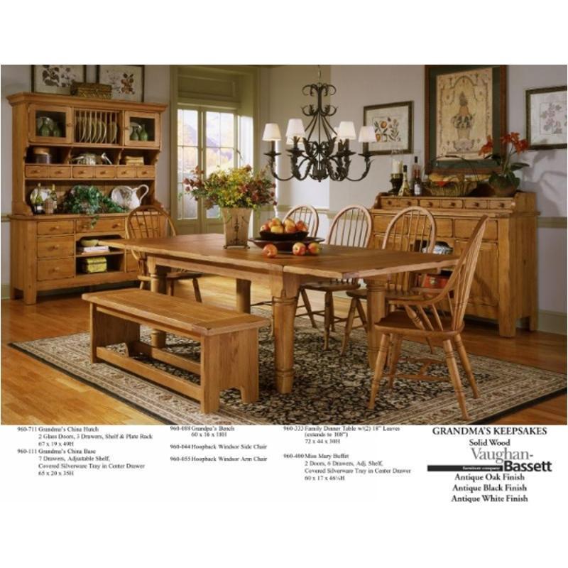 333 Vaughan Bassett Furniture Dining Table, Vintage Oak Dining Room Set