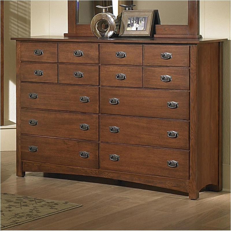 320 002 Vaughan Bett Furniture Dresser