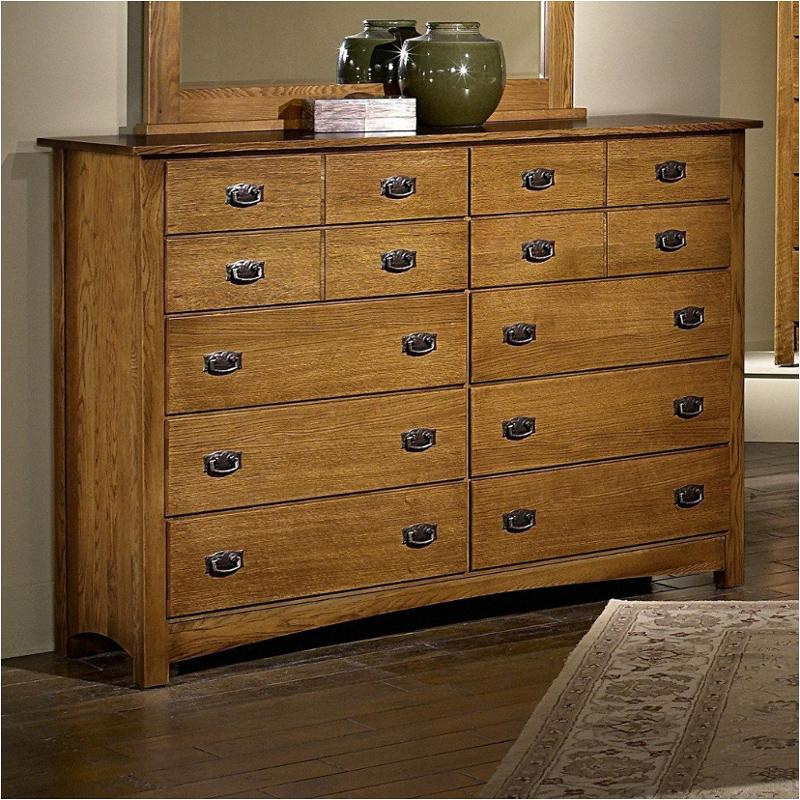 322 002 Vaughan Bett Furniture Dresser