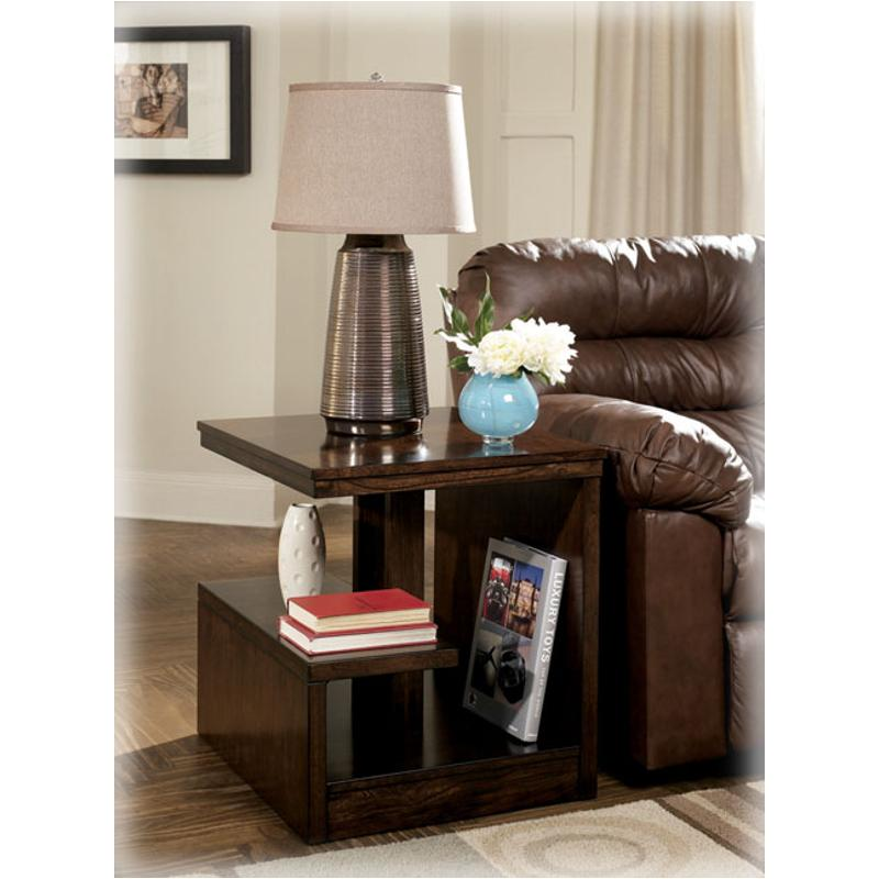 T670 3 Ashley Furniture Callum Living, Ashley Furniture Delmar