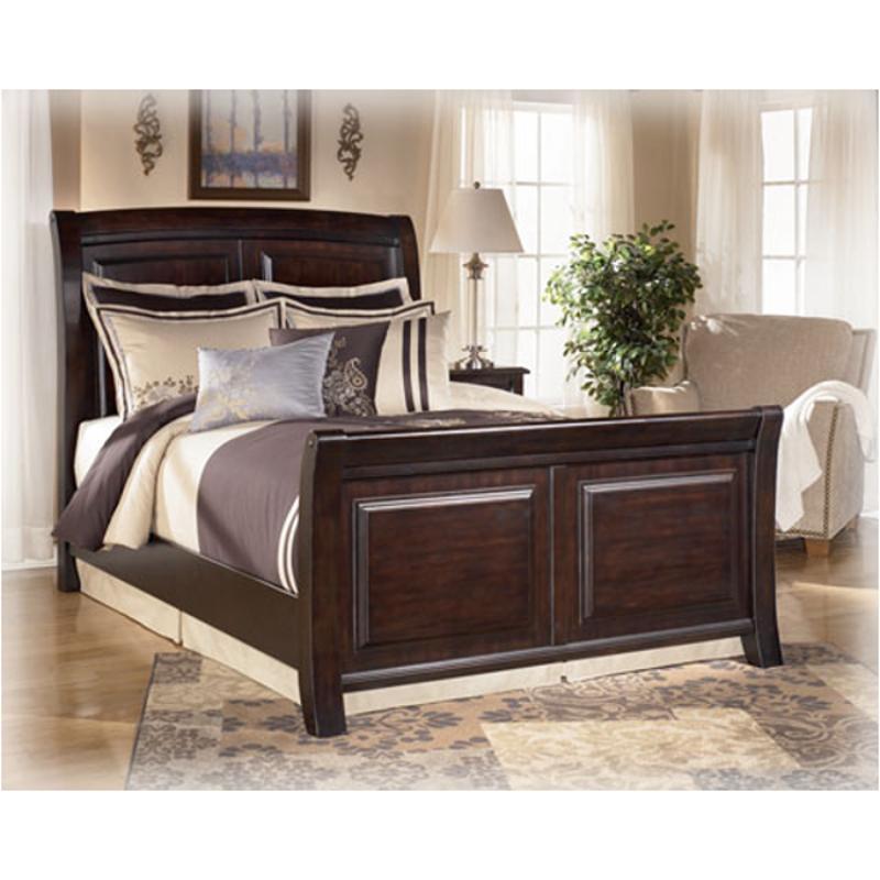 B520 76 Ashley Furniture King Cal King Sleigh Footboard