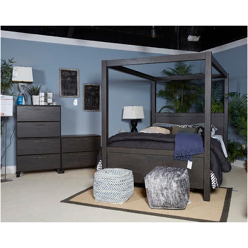 B273 71 Ashley Furniture Daltori