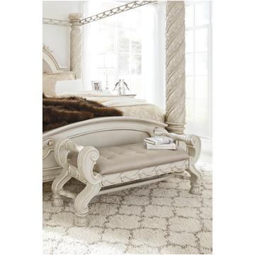 B750 58 Ashley Furniture Cassimore Bedroom King Panel Bed