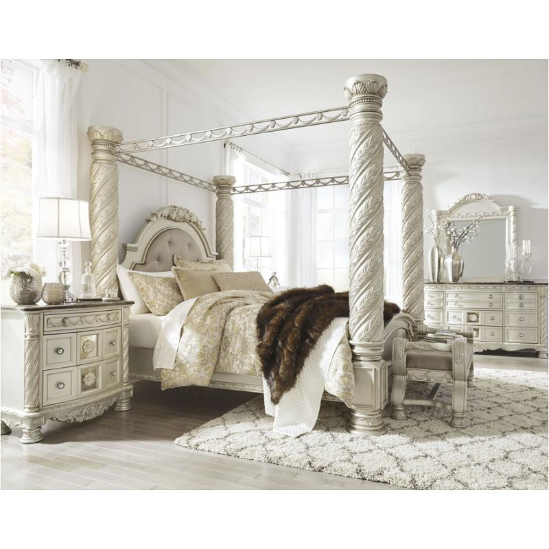 B750 50 Ashley Furniture Cassimore, Canopy Bed King Size