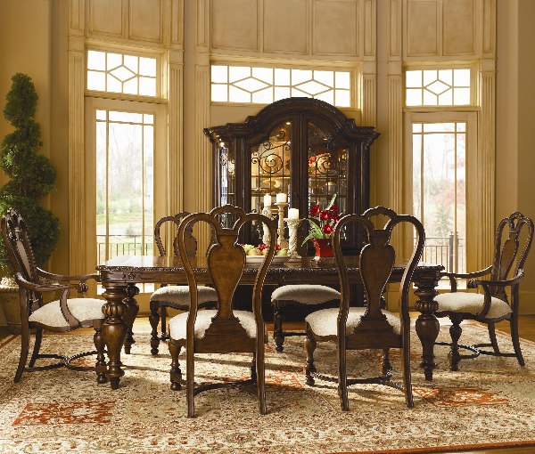 Bolero Dining Set Universal Furniture