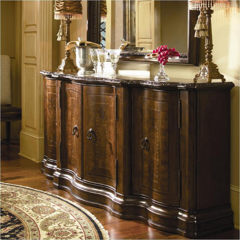 016679 Universal Furniture Bolero Dining Room Castile Credenza